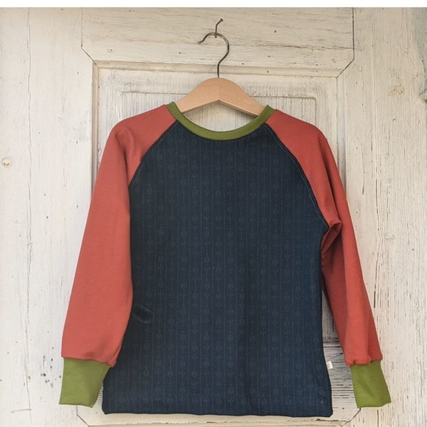 Bio Sweatshirt, BioSweat dunkelblau/Muster grün